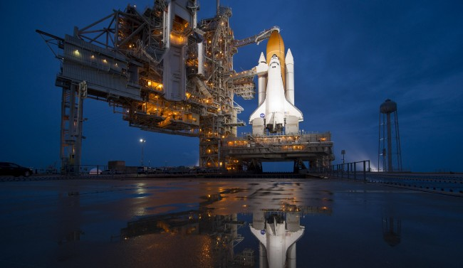 space shuttle ready to launch