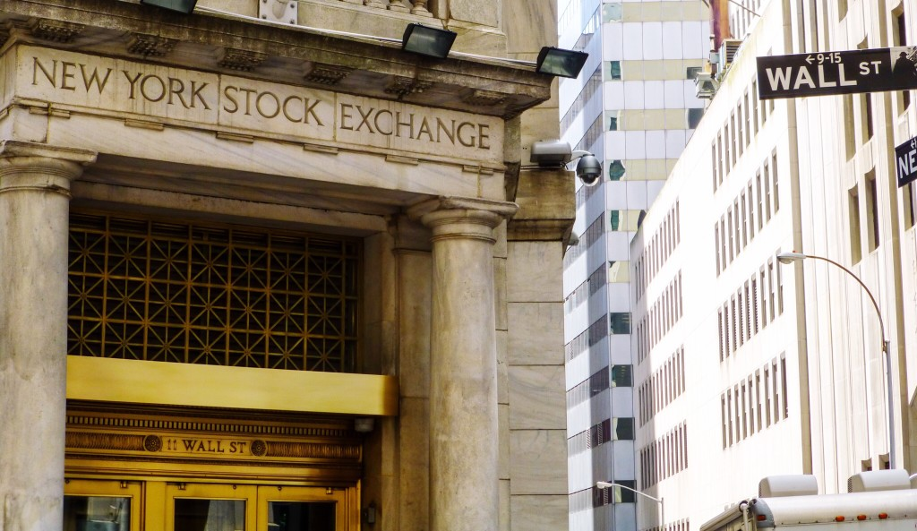 new york stock exchange on wall street - investing even the pros can't beat the market